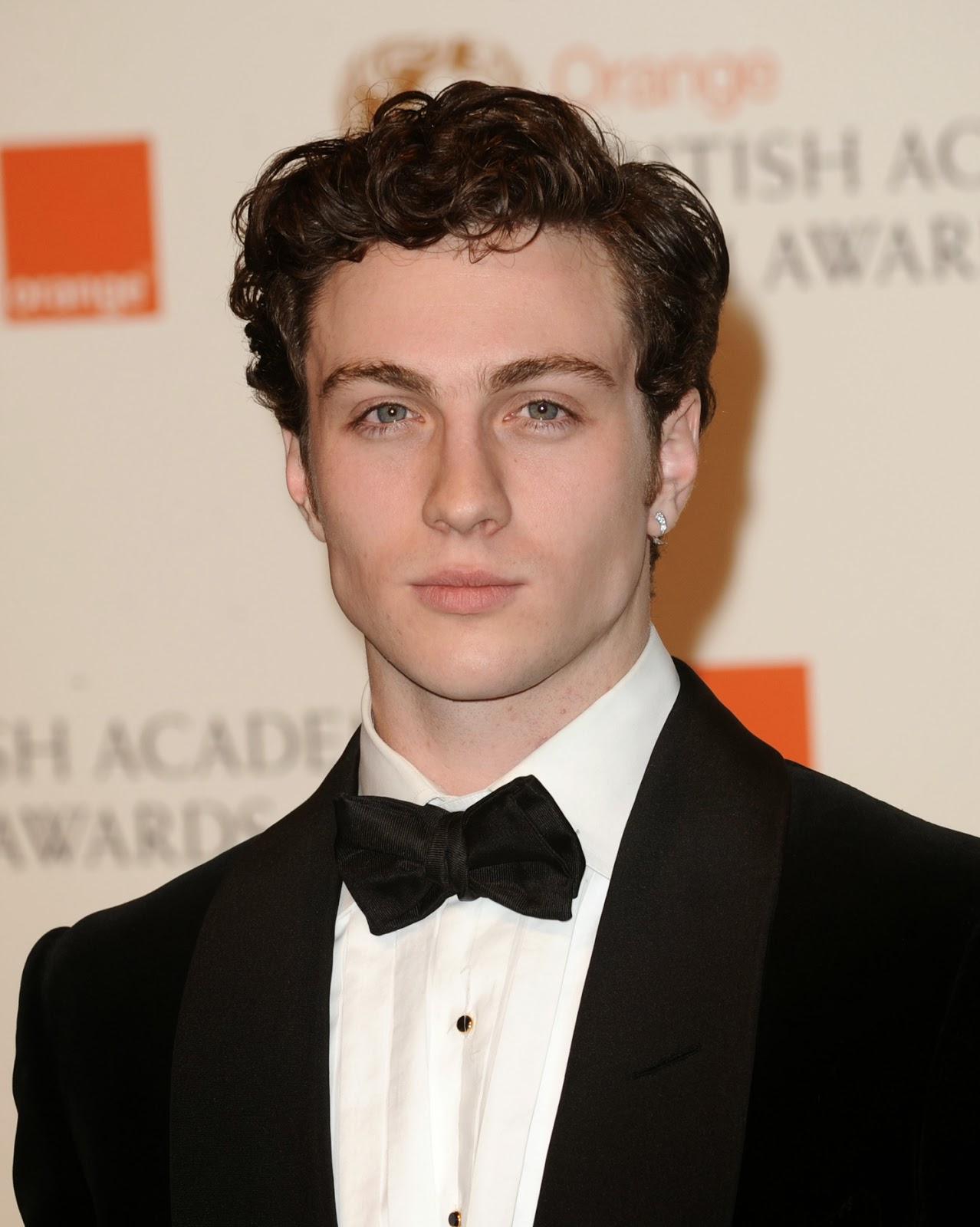 BADBOYS DELUXE: AARON TAYLOR-JOHNSON TO PLAY QUICKSILVER ...