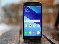 Spesifikasi Lengkap dan Harga Samsung Galaxy A3 (2017) HP Mungil Tahan Debu dan Air