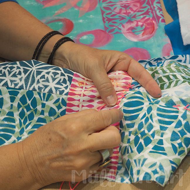 textile Bücher nach ©muellerinart