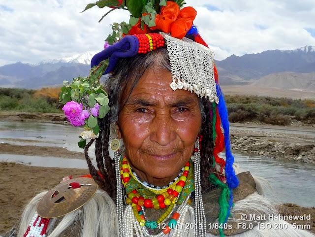 people, portrait, street portrait, Northern India, Ladakh, Ladakhi woman, traditional costume, headshot
