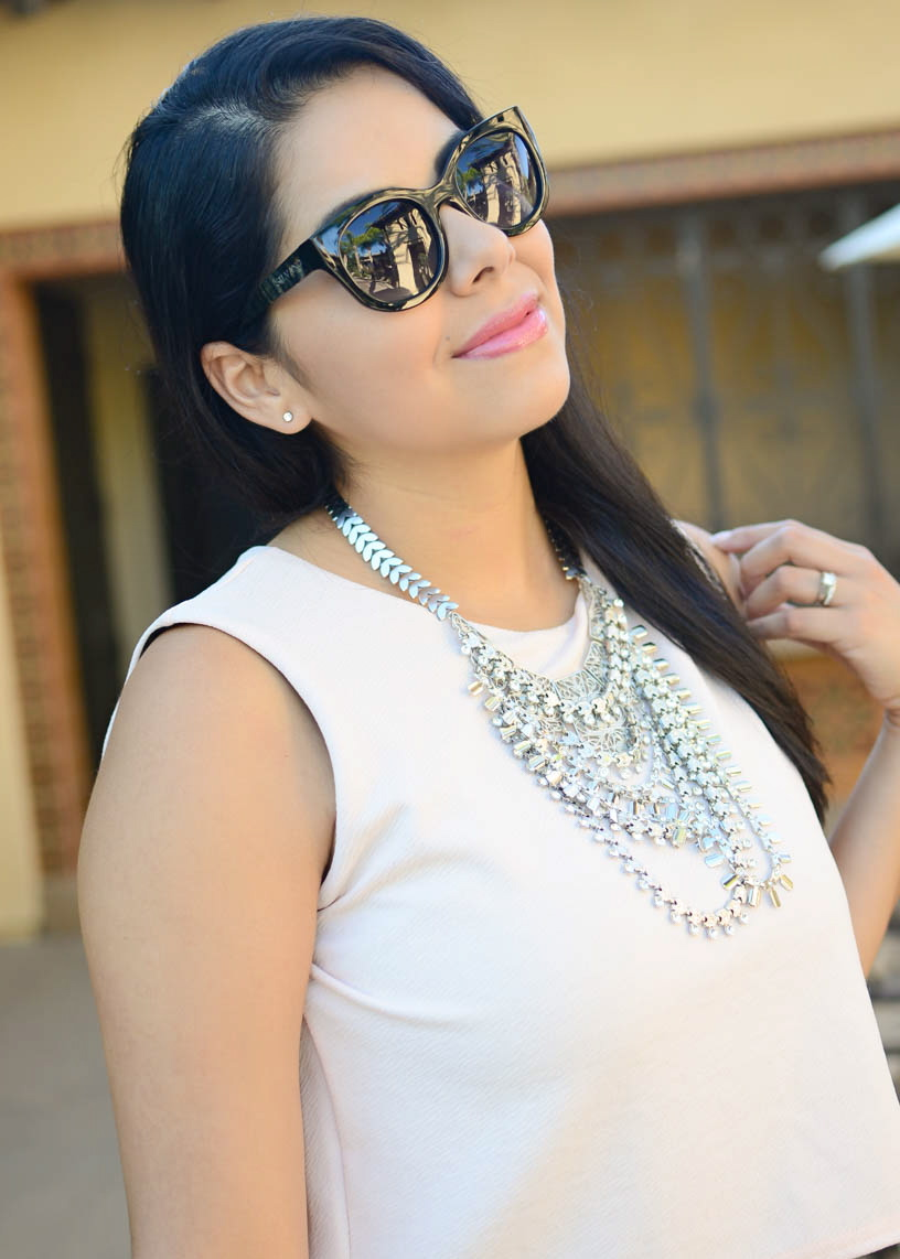 big black sunnies, silvano sunglasses, silver statement necklace, latina blogger