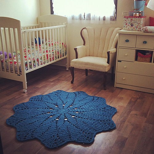 BIGGER Baby Doily Rug - Free Pattern
