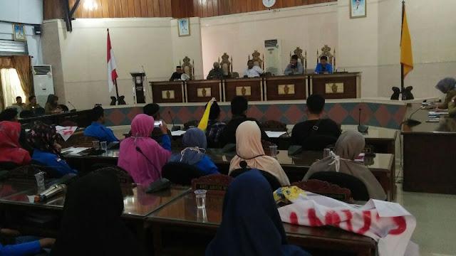 Tolak UU MD3, PMII Wajo Gelar Aksi Di DPRD