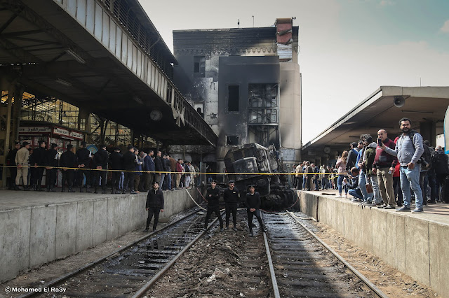 Security forces in front of the locomotive by photojournalist Mohamed El-Raey