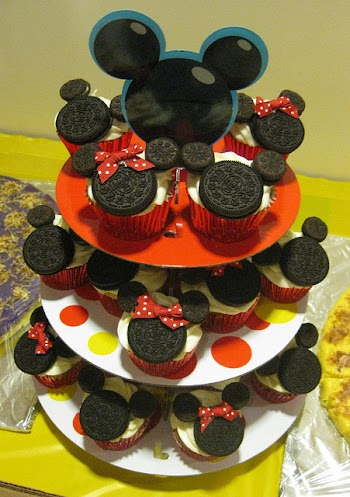DISNEY Tangled RAPUNZEL Birthday Party Frosting Cake Topper 1 4 Sheet Feestartikelen
