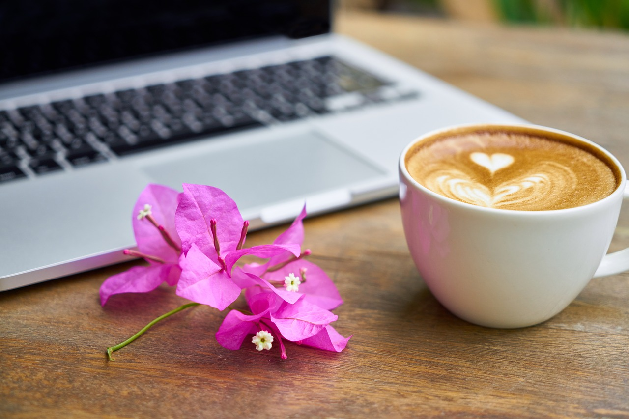 uma lista de blogs queridos / coffee & flowers
