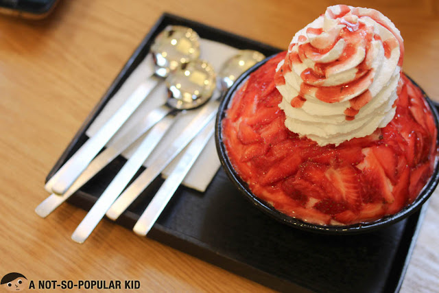 Strawberry Bingsu