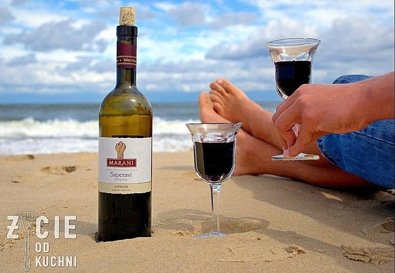 marani, saperavi, marani saperavi, gruzinskie wino, wino na plazy, pije wino na plazy, wino do czerwonego miesa, plaza, zycie od kuchni