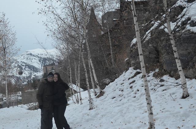 Priscila Gutierrez e Christian Gutierrez na neve