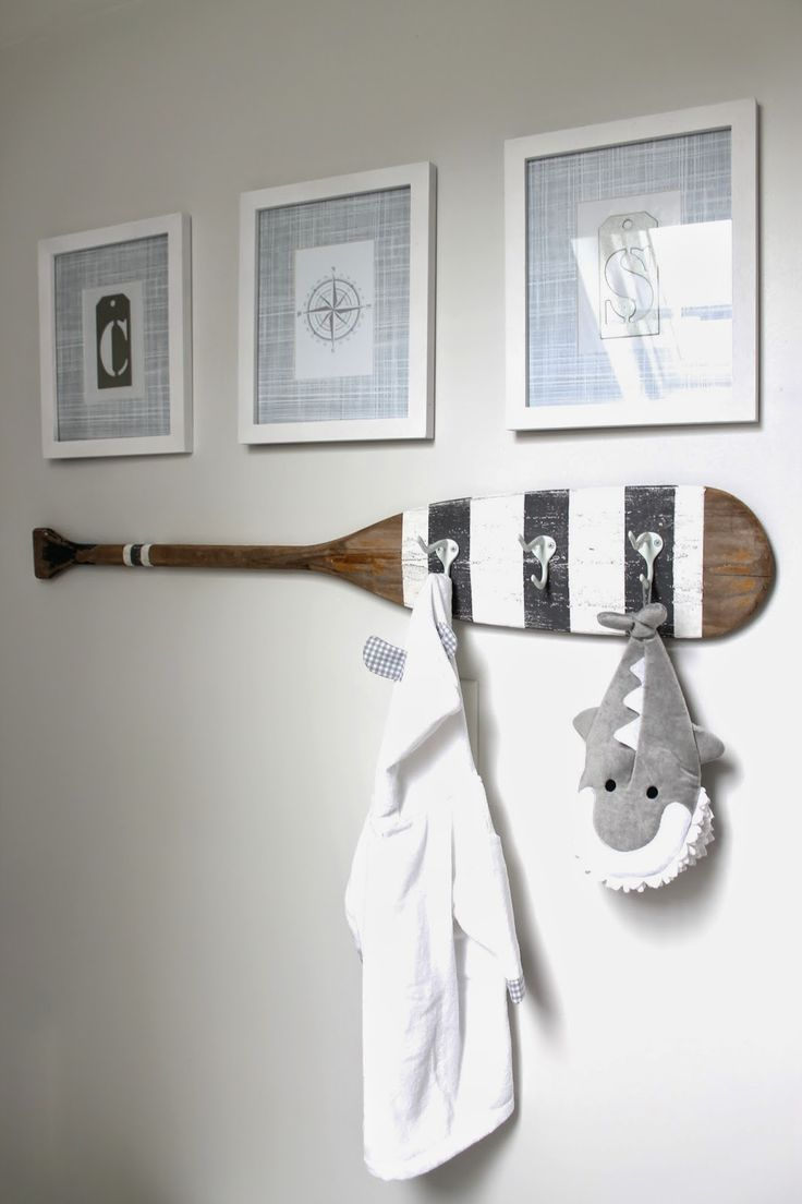 Everything Coastal 10 Ideas For Coastal Decorating With Oars And Paddles