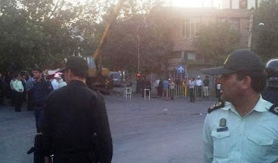 Ilham, Iran, Public hanging 5 SEPT 17