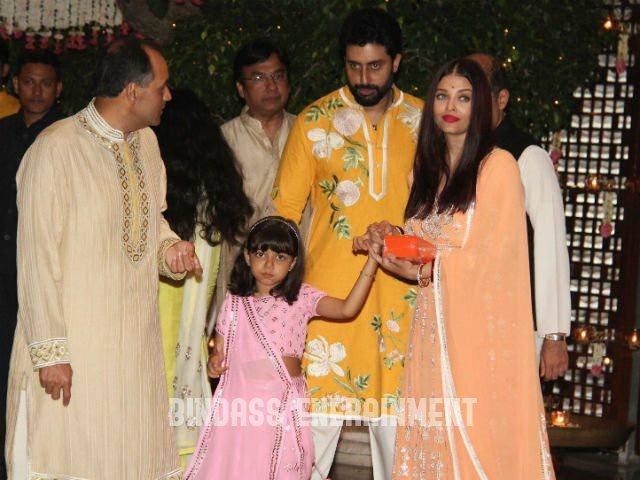Aishwarya Rai Family10