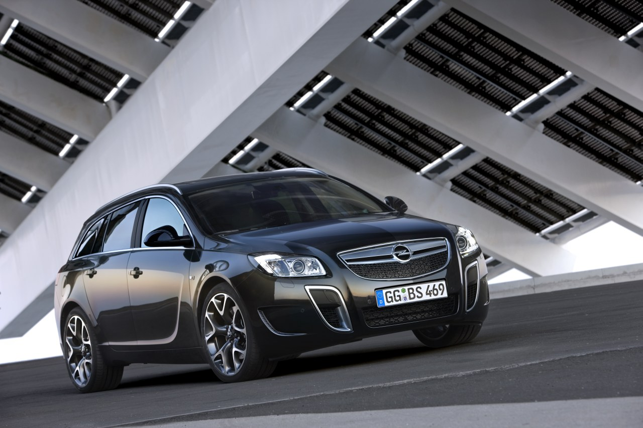 opel insignia opc preview. Black Bedroom Furniture Sets. Home Design Ideas