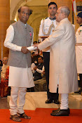 Rajanikanth and Rajmouli Hounered with Padma Awards-thumbnail-5