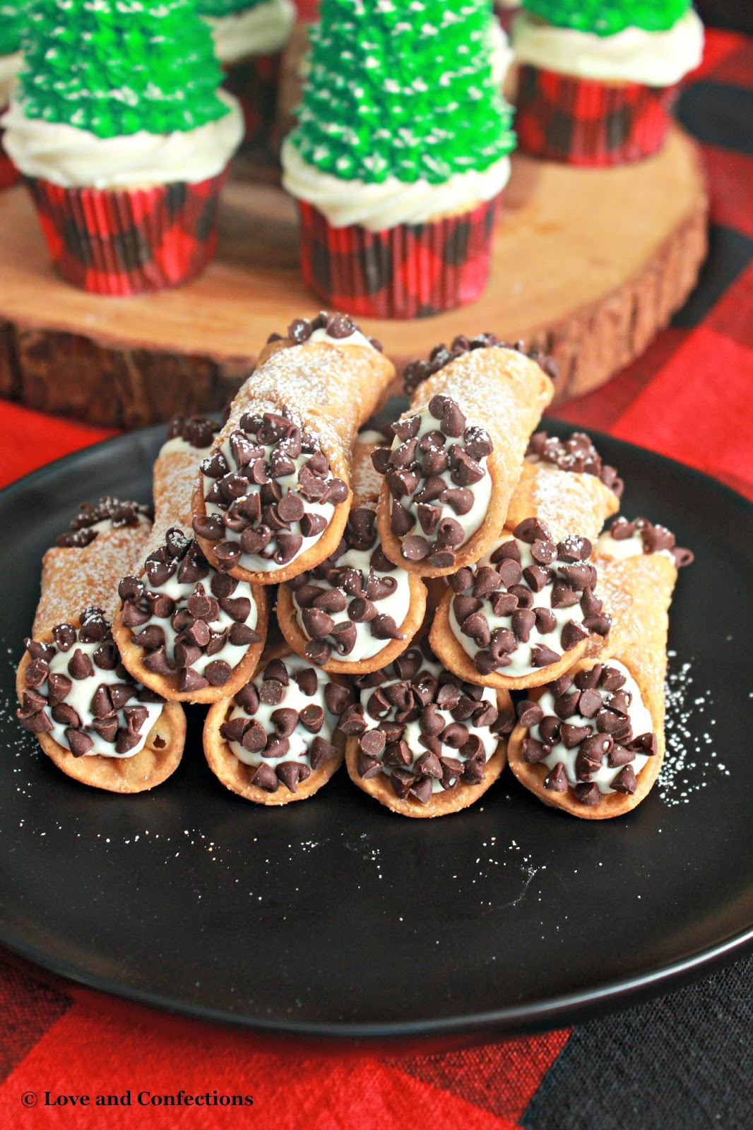 italian dessert 8 letters and confections cupcakes cannoli and chocolate dip 53572