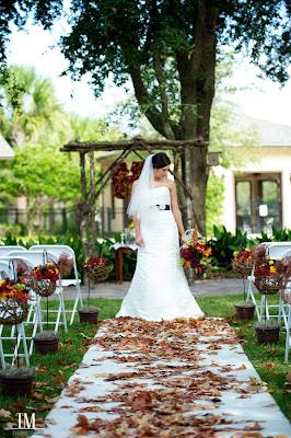 fall wedding decor ceremony