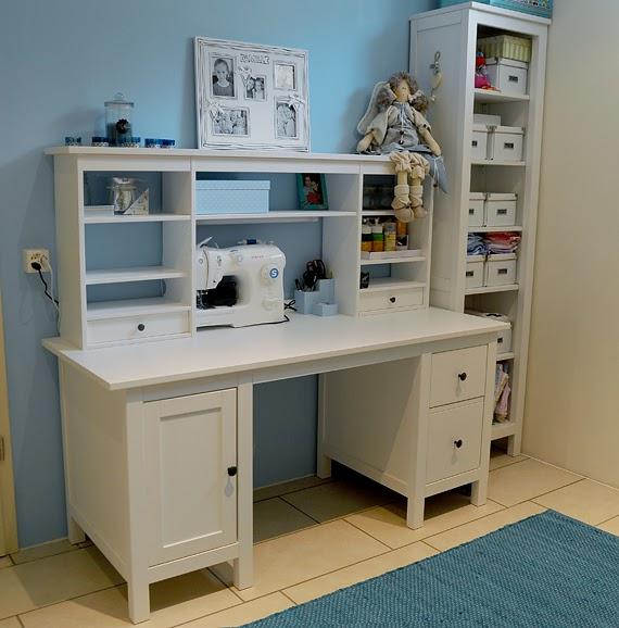 Ricomincio da tre my craft corner il mio angolo creativo - Scrivania hemnes ikea ...