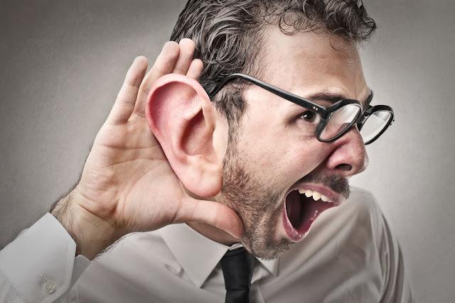 Belajar menjadi pandai mendengar