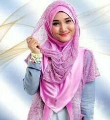 Memakai hijab