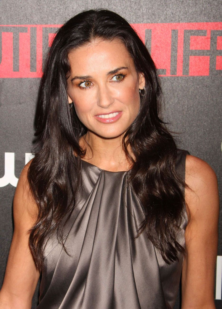Demi Moore Workout and Diet Secret | Muscle world