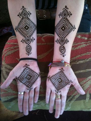 25 gorgeous moroccan mehndi designs to try bling sparkle