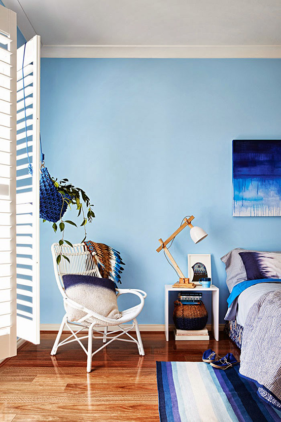 From turquoise to teal and blue | Styling Julia Green, photo by Armelle Habib via Inside Out Magazine