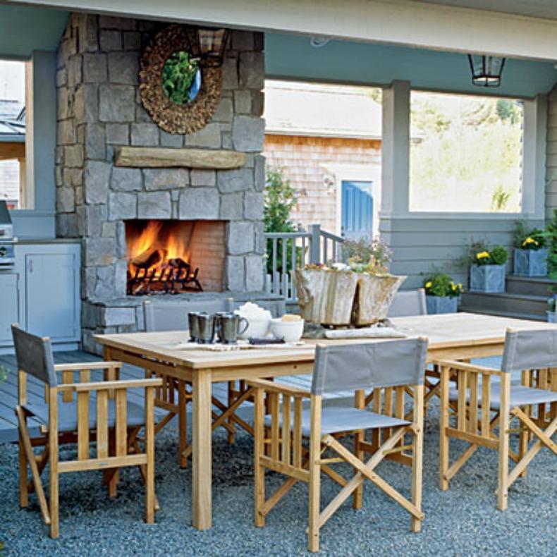 coastal outdoor dining