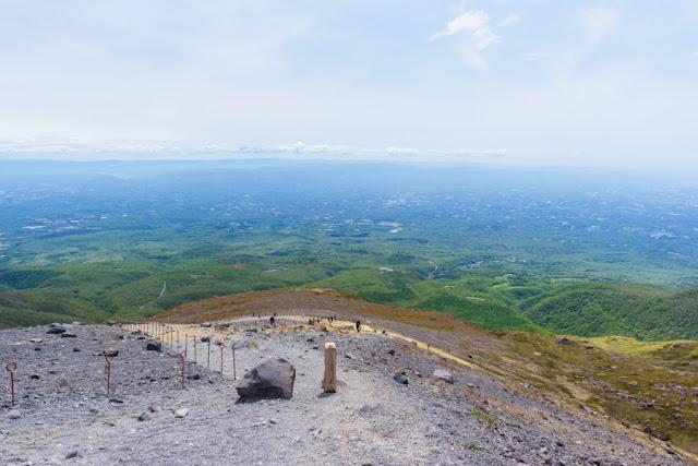 那須岳(茶臼岳)からの景色