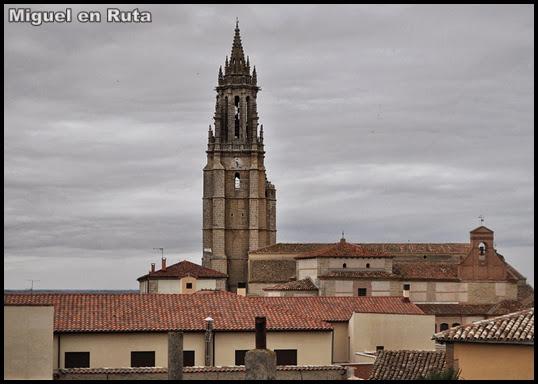 Colegiata-de-San-Miguel-Ampudia-Palencia