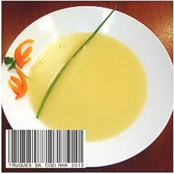 Velouté de mandioquinha ou batata baroa no prato