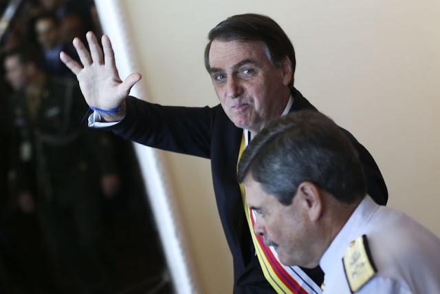 Bolsonaro diz que vai conversar com parlamentares sobre Previdência