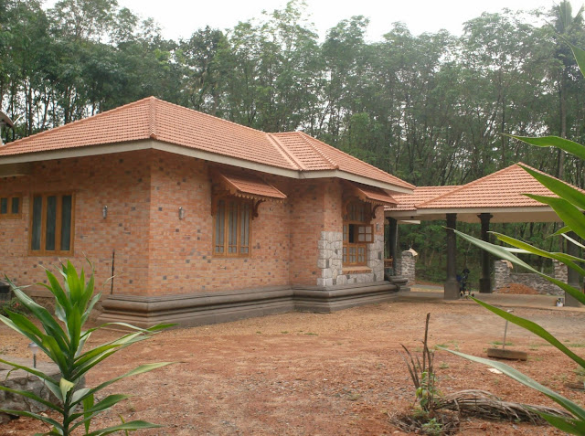 The gallery for vanitha veedu plans for Low cost kerala veedu plans