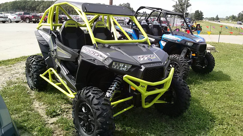 Front View Of The New 2016 Polaris Rzr Xp 1000 With Houser Racing Pers Looks Mean