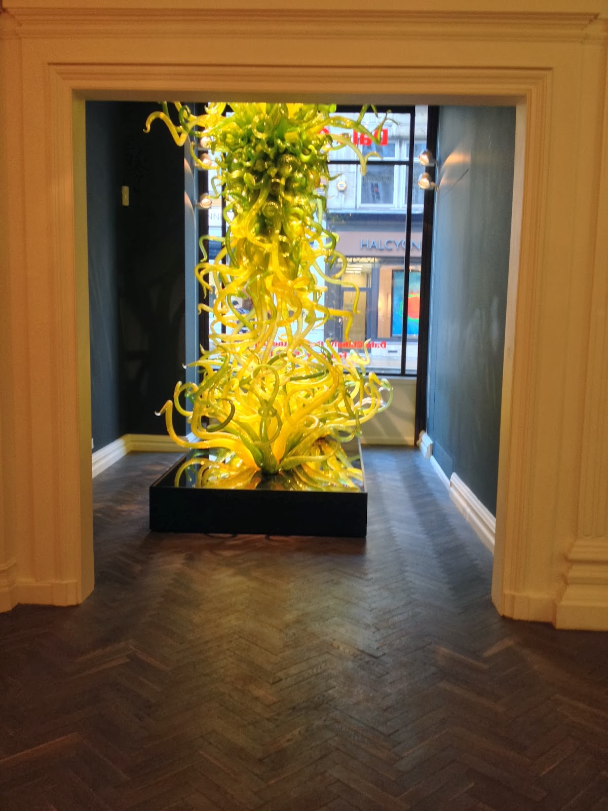 {Erin Out and About} Dale Chihuly Exhibit at Halcyon Gallery