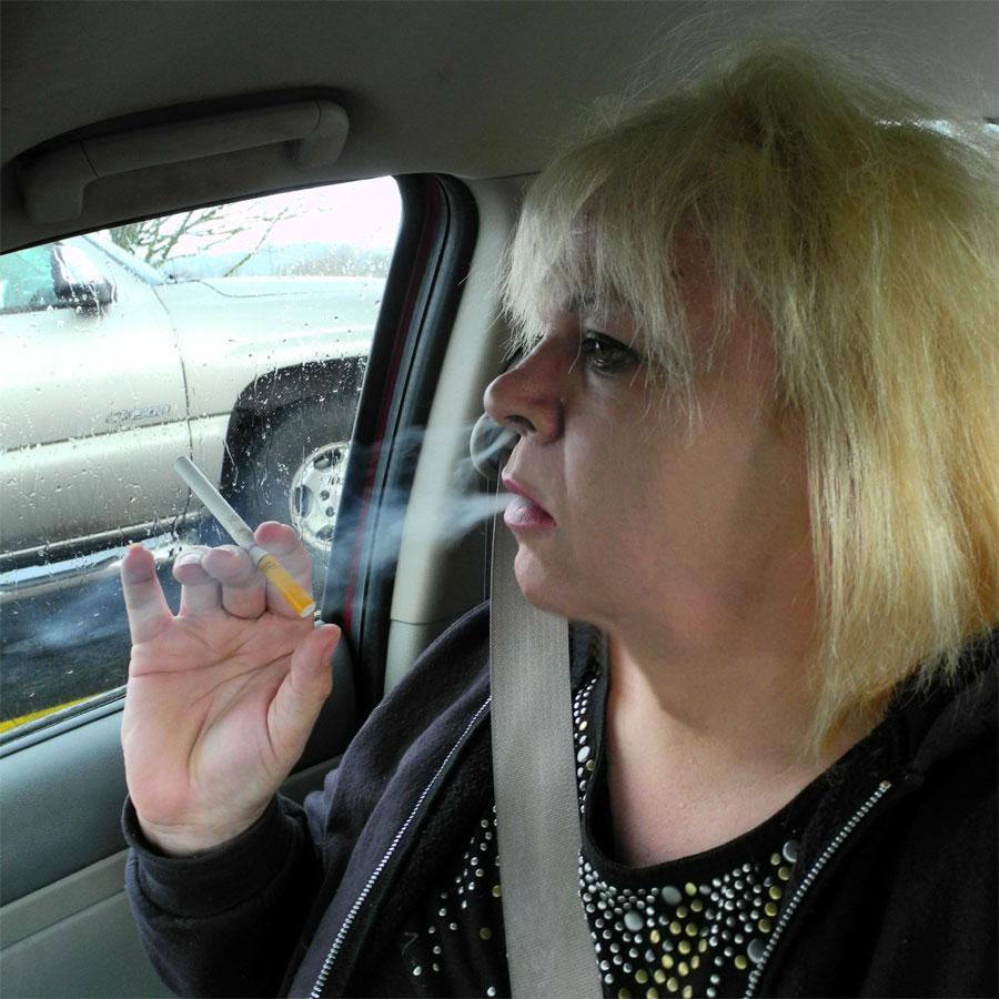 bbw smoking