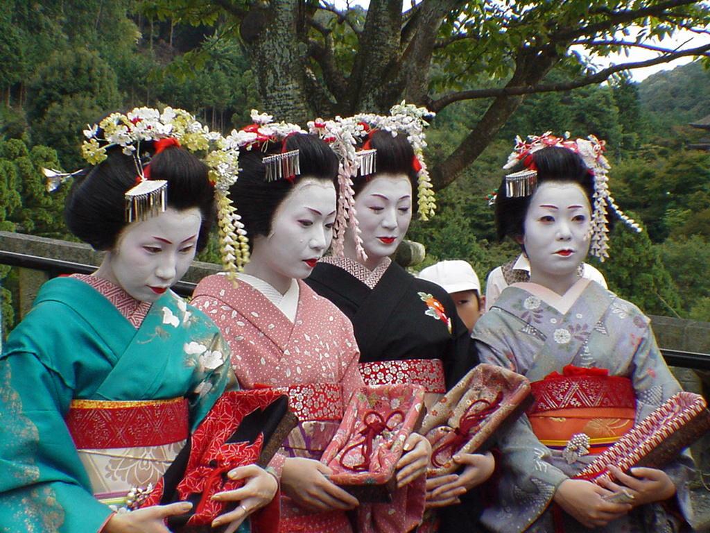 Japan Bursting Into Cultural Vividness