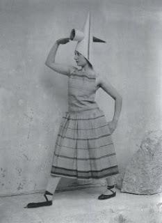 Lizica Codreanu - dansatoare practicanta yoga si terapeut 1.jpg-a
