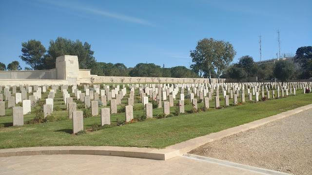 בית הקברות הצבאי הבריטי  ירושלים