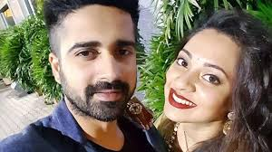 Avinash Sachdev Family Wife Son Daughter Father Mother Age Height Biography Profile Wedding Photos