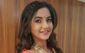 Meera Deosthale, Biography, Profile, Age, Biodata, Family, Husband, Son, Daughter, Father, Mother, Children, Marriage Photos.