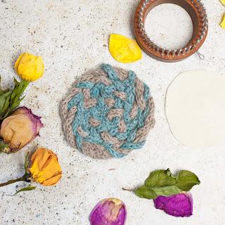 Yarn Crafts, Yarn Coasters, pom-pom trivet