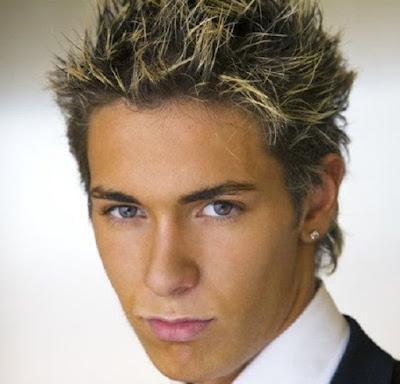 model gaya rambut pria tahun 2000 Britney Spears