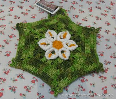 Flor Copo de Leite em crochê, Pega Panelas