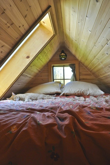 Moon To Moon 6 Dreamy Attic Bedrooms