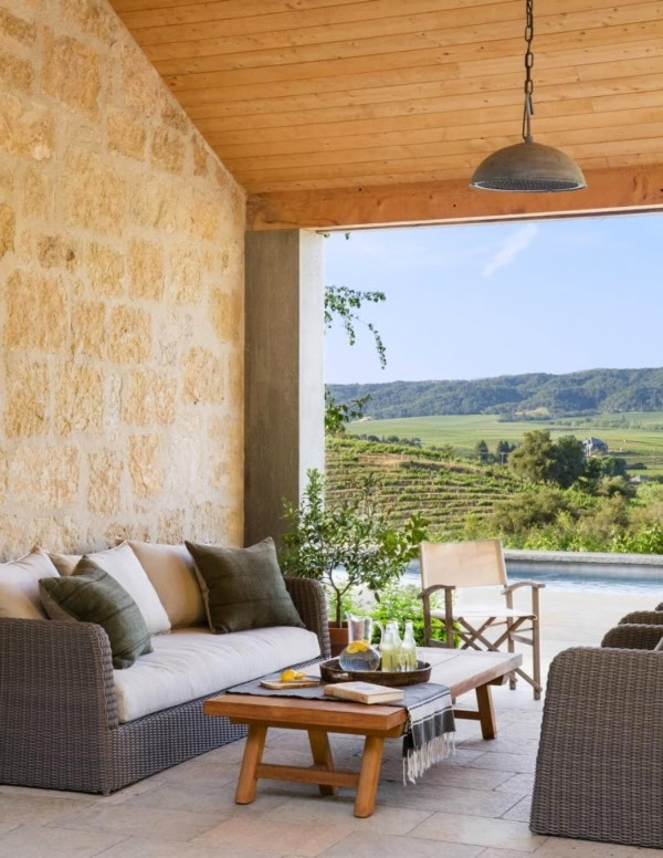 Mix di stili per la casa di campagna case e interni for Stili di casa