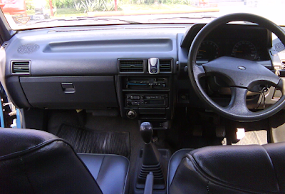Interior Daihatsu Charade Classy
