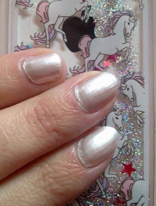 vernis-pearly-white