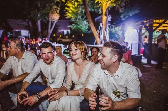 Rustykalne wesele w Dolinie Cedronu, Ślub i wesele w Krakowie, ślub na wsi, ślub w stodole, wesele w stodole, wesele w spichlerzu, wesele w oryginalnym miejscu, sala na wesele Kraków, ślub w stylu vintage, ślub w stylu rustykalnym, koordynacja ślubu i wesele, organizacja ślubu i wesela, dekoracje kwiatowe ślubu, Winsa Wedding Planner, Konsultanci Ślubni Kraków, Winsa Wedding, Wesele w Dolinie Cedronu
