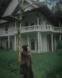 Berwisata ke pesanggrahan Sarjanawiyata Taman Siswa