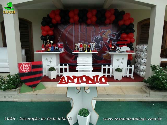 Decoração de festa do Flamengo provençal
